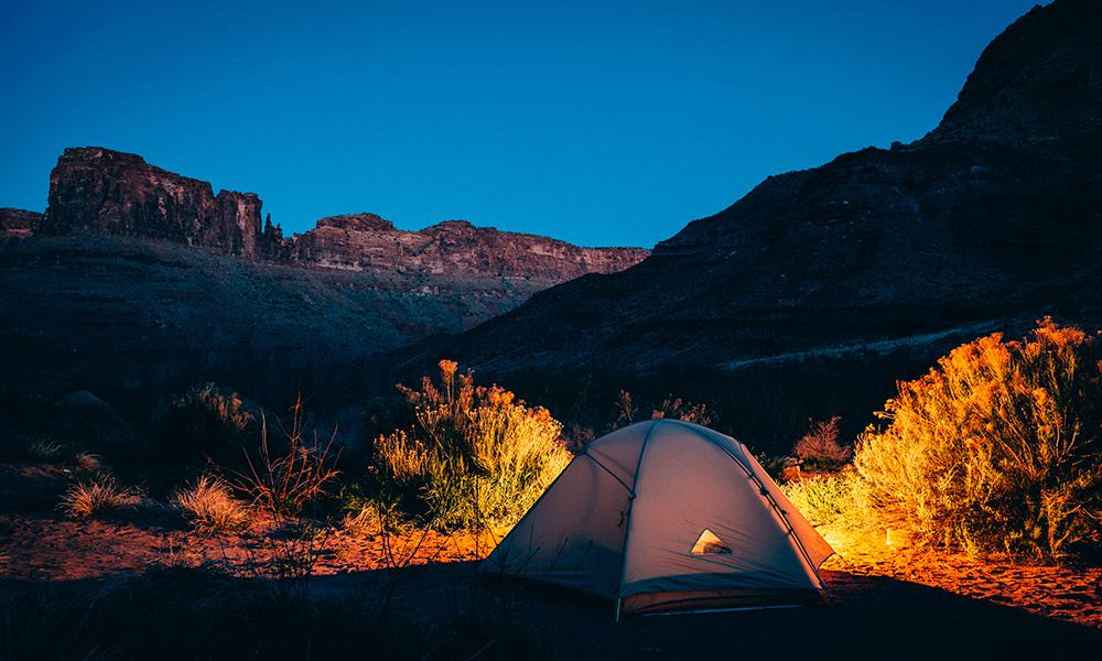 acampada en la montaña
