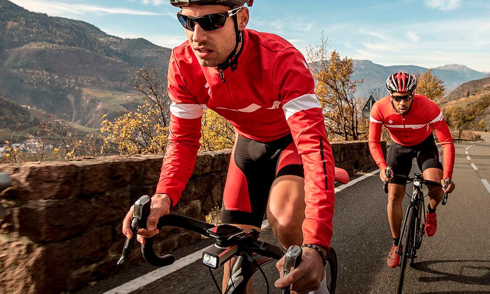 evitar el dolor de cuello cuando vas en bici